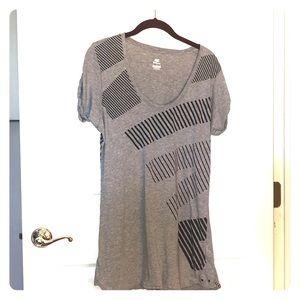 Nike grey shirt sz M